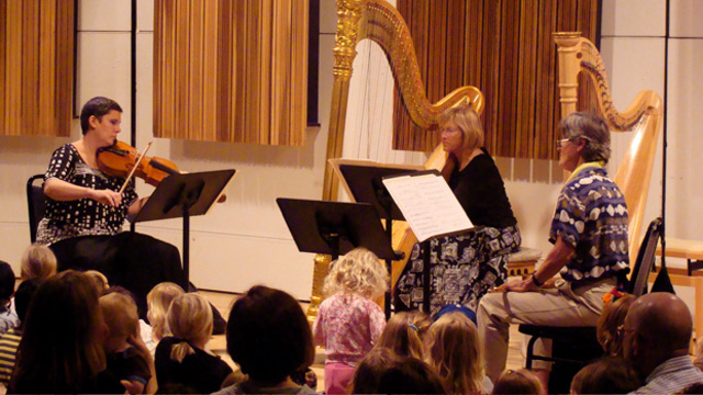JFK-Flute-Viola-Harp-Trio-08